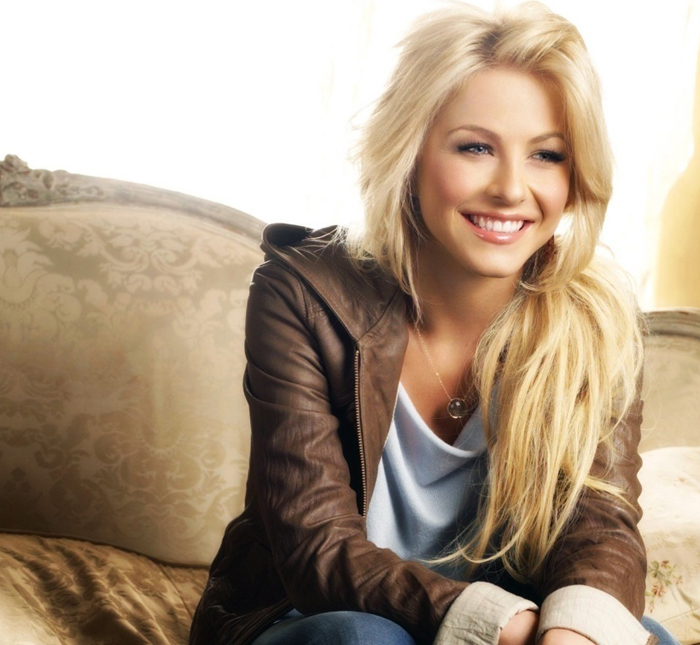 julianne_hough-safe_haven-4